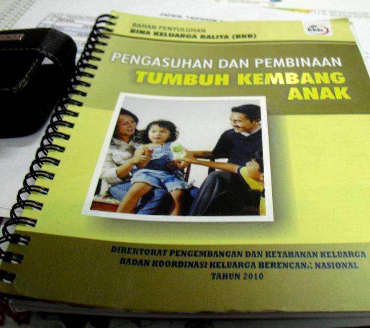 buku bahan penyuluhan BKB (dok. Perwakilan BKKBN Jawa Barat-HS.2012)